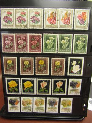 COLLECTION OF 4000 MOSTLY DIFFERENT STAMPS - 406973